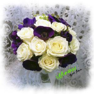 Состав: розы 9 шт