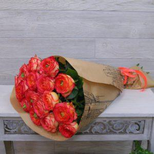 Пионовидные розы 19 шт
