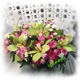 Состав: орхидея цимбидиум (7шт)